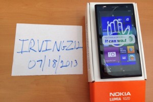 Nokia Lumia 1020 unboxing – box contents AT&T