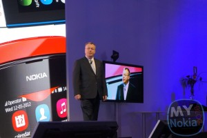 "Stephen Elop Receives ""European Communication Award"""