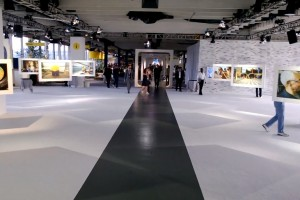 Nokia Lumia 1020 show floor tour #ZoomReinvented – 925 OIS test