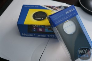Video & Gallery: Nokia Lumia 1020 Unboxing +Wireless Charging Cover