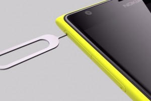 How to: Using the nano-SIM and micro-SD card on the Nokia Lumia 1520
