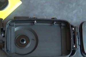 A closer look at the underwater housing for Nokia Lumia 1020