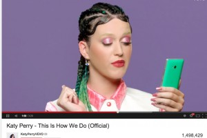 "Spotted: Green Nokia Lumia 930 in Katy Perry's latest colour blast ""This Is How We Do"""