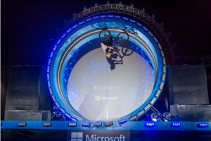 Cortana and Danny Macaskill #Makeithappen: Loop-de-Loop in London
