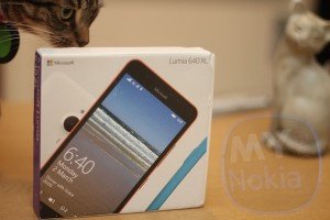 Lumia 640 XL Unboxing Pics
