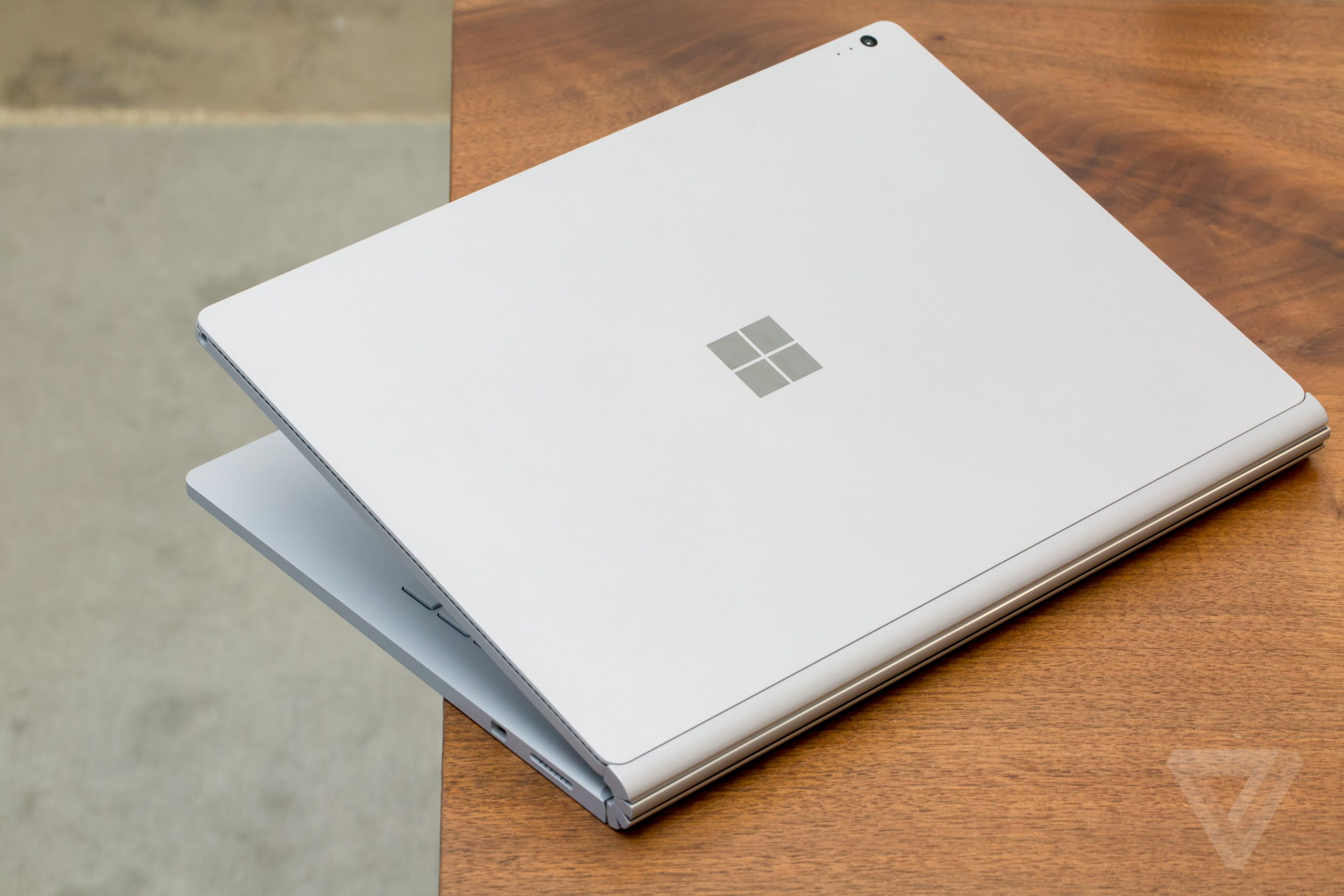 microsoft_surface-book-9425.0